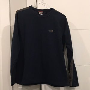 The North Face men's crew neck sweater shirt